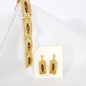 """Vintage 70s """" Stanhome"""" Goldtone Bracelet set"""